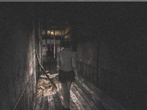 fatal-frame-1-miku-scary-himoru-mansion-hallway-ps2-xbox